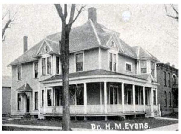 historic-Valparaiso-washington-street-home